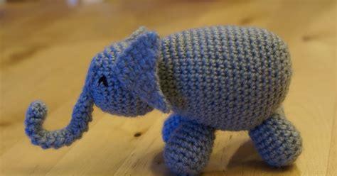 CrochetBot 3000: Elephant