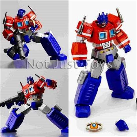 G1 Ultra Magnus Transformers Revoltech 019 Kaiyodo Limited Edition not just toys transformers anime toys collectibles and more transformers revoltech