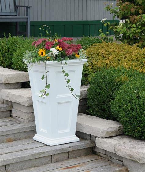 White Patio Planters Mayne Fairfield Patio Planter White