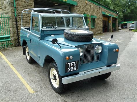 Mynano Ikaroo Blue Series 1 land rover series ii review and photos