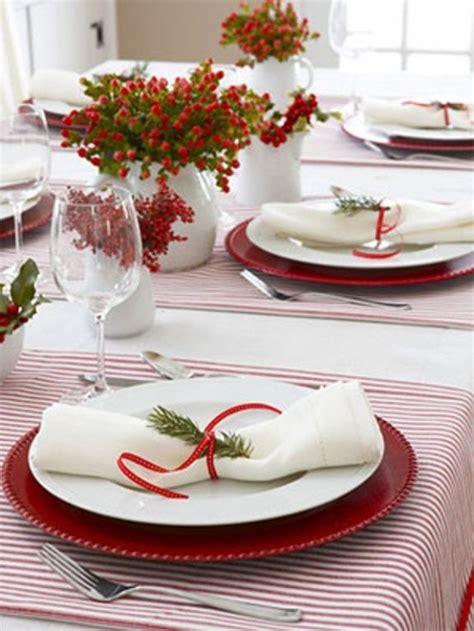 decorare la tavola idee per decorare la tavola di natale natale dintorni