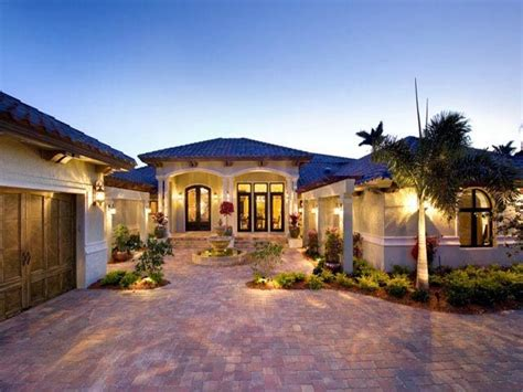 one level luxury house plans mediterranean model homes florida luxury mediterranean