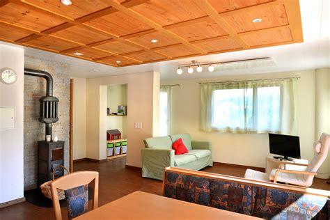 wohnzimmer und küche moderne k 252 chen mit kochinsel
