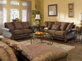 Traditional Living Room Tables Living Room Cozy Look Of A Traditional Living Room Furniture Lewis Furniture Sale