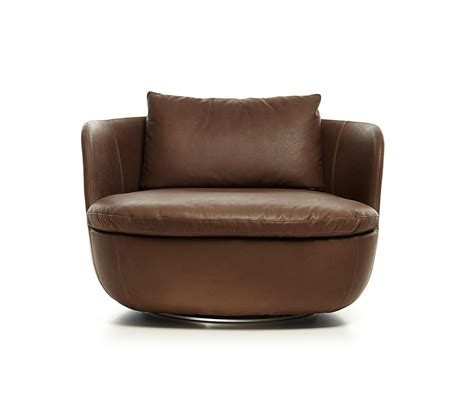 swivel armchair bart swivel armchair lounge chairs from moooi architonic