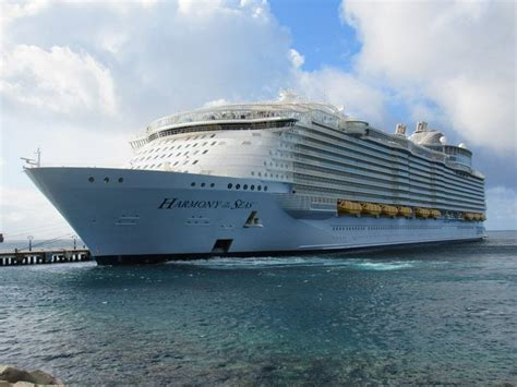largest cruise ship an historic arrival world s largest cruise ship visits
