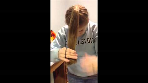 show me how to cut layers diy layered haircut in less than 10 minutes youtube