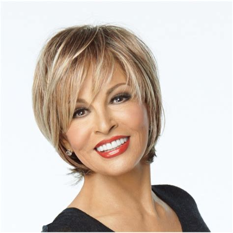 rachel welch bob with side fringe short blonde wig shop on the town wig