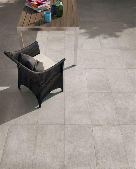 piastrelle in gres per esterni piastrelle in gres porcellanato effetto cemento versione