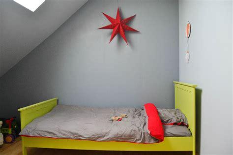 d馗oration chambre enfant mini chambre de gar 231 on dans les combles maman 224 tout faire