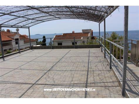 appartamenti primosten croazia appartamenti maja primošten croazia bilo alloggi