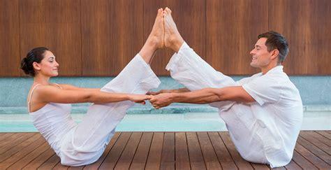 imagenes relajantes de yoga yoga en pareja diabetes bienestar y saluddiabetes
