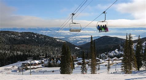 snowy escapes northwest ski season getaways  magazine