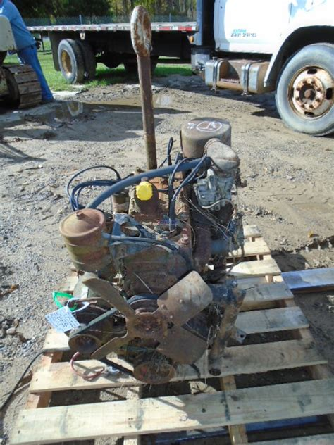 engine willys jeep  devil   engine complete seized core  lec
