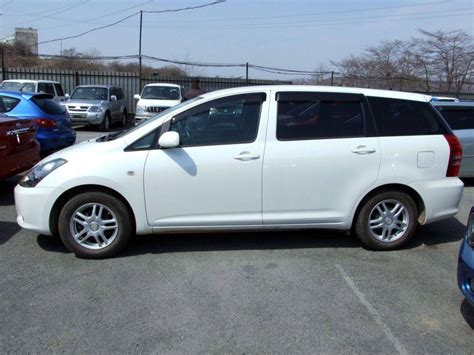 2004 Toyota Wish 2004 Toyota Wish Pictures 1 8l Gasoline Ff Automatic