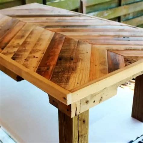 tavoli originali fai da te tavolino con pallet riciclo fai da te per il giardino