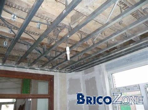 trucs et astuces pour un plafond suspendu aux g 238 tes