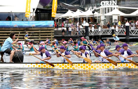 new year boat regatta melbourne new year boat races sport and fitness in