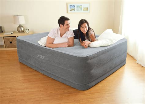intex comfort plush high rise dura beam air bed mattress w built in ebay