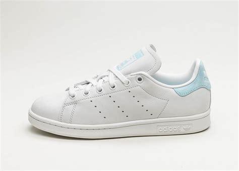 Sepatu Adidas Stanssmith White adidas stan smith w white white icey blue asphaltgold