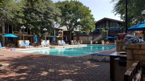 pools and patios reviews beautiful pool and patio picture of inn of the hotel conference center kerrville