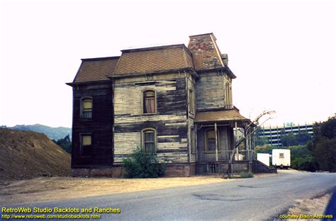 bates motel house bates motel house www imgkid com the image kid has it