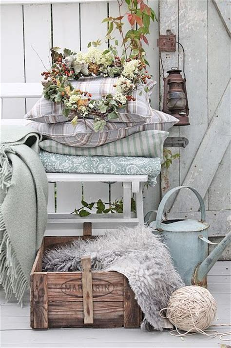 country vintage home decor pretty fall porch decor ideas via vibeke design one way