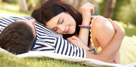 intimacy in the bedroom how couples can achieve emotional intimacy in the bedroom