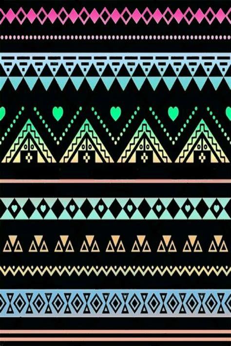 black and white aztec wallpaper black neons lacey aztec print wallpaper ok where else