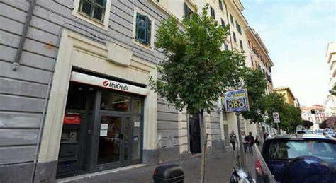 unicredit sede centrale roma spariti i gioielli dei clienti dati in pegno all unicredit