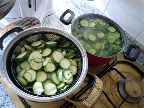 cucinare le zucchine lesse tortino tutta zucchina vegan ricette vegane