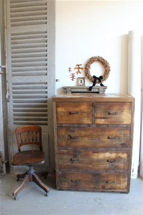 Dresser Ideas by Pallet Dresser With Drawers Ideas Pallets Designs