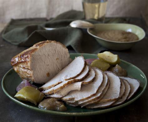 cucinare lonza di maiale arrosto ricetta lonza di maiale arrosto con sidro e mele le
