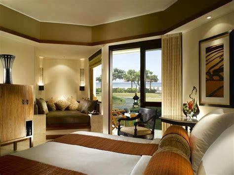 luxury rooms  ocean views