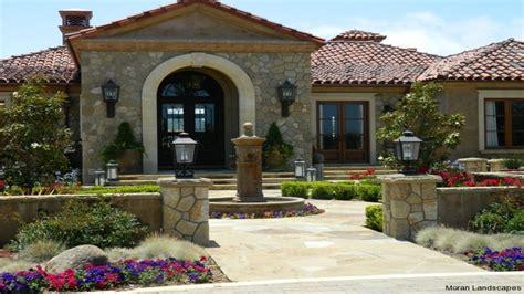 spanish hacienda style homes spanish hacienda style homes spanish courtyard designs front entry spanish style house with