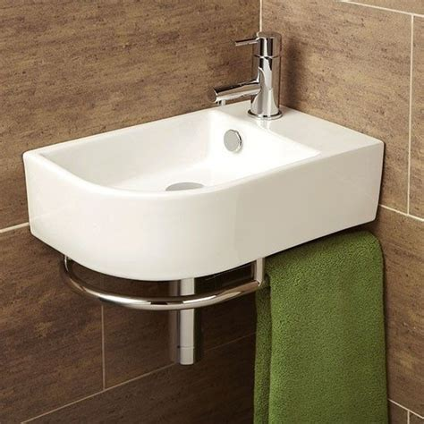 Small Bathroom Basins Uk by Best 25 Small Basin Ideas On Small Cloakroom