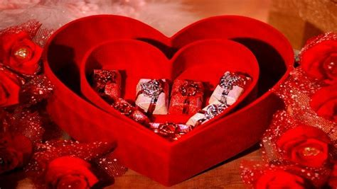 valentine day gifts for wife valentine s day gift ideas for boyfriend and girlfriend