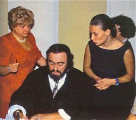 luciano pavarotti nicoletta mantovani crisi andrea agnelli e il su pavarotti senza
