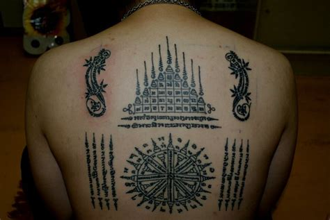 sak yant tattoo designs thai tradition of tattooing sak yant sirinya s thailand