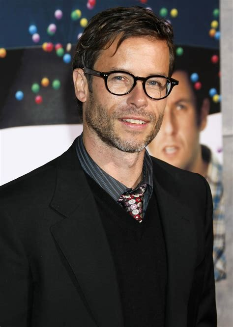 old actor with big glasses guy pearce in bedtime stories los angeles premiere zimbio