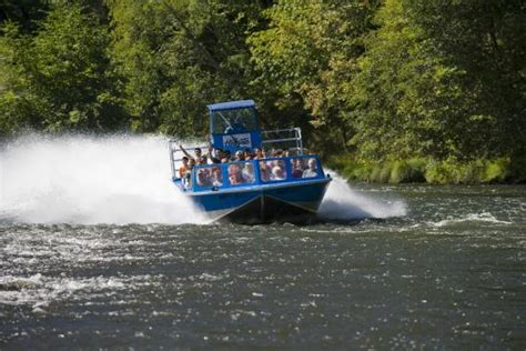 jet boat grants pass hellgate jetboat picture of hellgate jetboat excursions