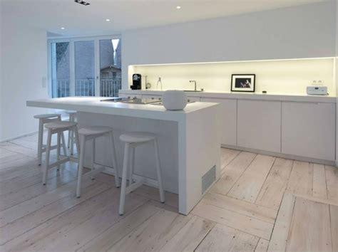 total white arredamento arredare casa con uno stile total white in legno