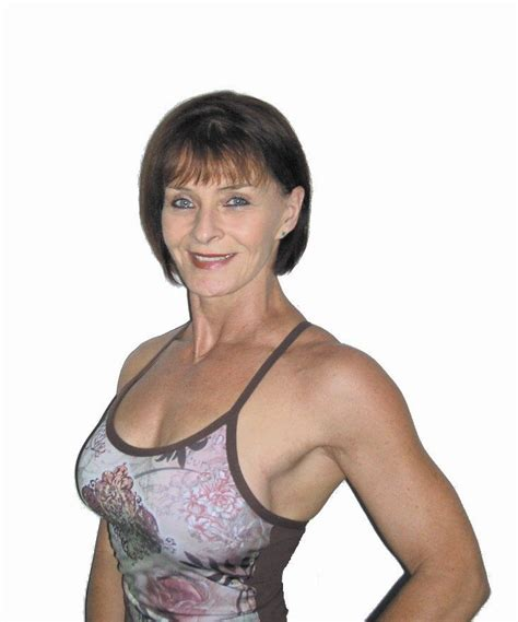 over 60 in shape women sandra blackie feeling fit and healthy in her 50s fit