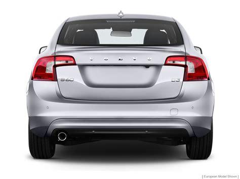 image  volvo   door sedan  fwd rear exterior view size    type gif