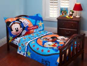 Mickey Mouse Clubhouse Bedroom Ideas Simple Mickey Mouse Clubhouse Bedroom With Wooden Floor