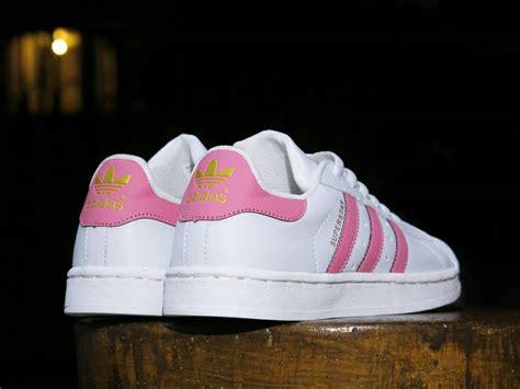 Sepatu Adidas Superstar Cewek Casual Trendy Made Asli Import jual sepatu adidas superstar putih pink casual sneakers cewek lapak sepatu sby