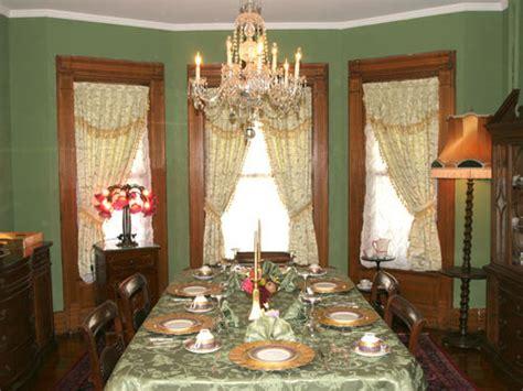 dining enjoy  victorian dining room niagara falls