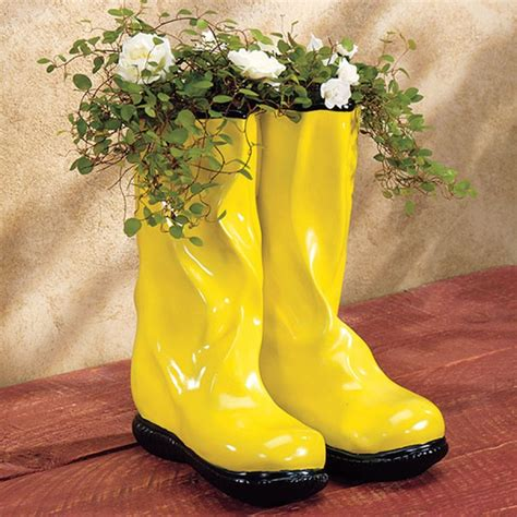 Garden Boot Planter Planter Looks Like Garden Wellies Boot Planter