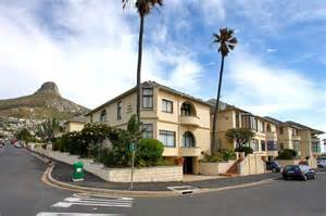 Two Bedroom House For Rent luxury beach apartment bantry bay cape town