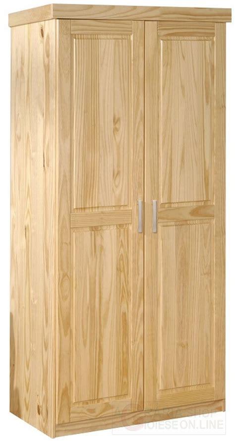 armadio pino pi 249 di 25 fantastiche idee su mobili in pino su